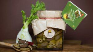 Olive schiacciate alla Calabrese  in olio extravergine di oliva